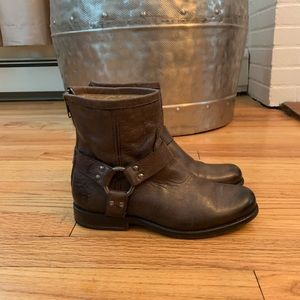 Frye leather brown booties Size 6B